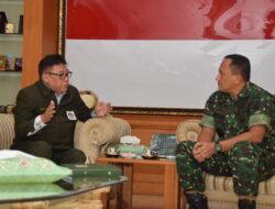 """Syukuran HUT ke 60 Kodam XIV Hasanuddin """"Bersama Rakyat Siap Mempertahankan Keutuhan NKRI"""""""