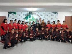 Wakil Rektor III UNM Hadiri Hari Lahir UKM PSM UNM-Pinisi Choir ke-9
