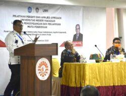 Rektor UNM Buka Pelatihan Pekerti dan Applied Approach UNM