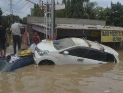 Enam Kecamatan di Bekasi Terendam Banjir, Tinggi Air Capai 1 meter