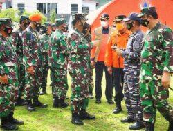 Panglima TNI Tinjau Korban Gempa di RSUD Sulbar dan Serahkan Bantuan Presiden Jokowi
