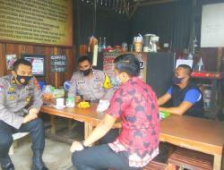 Kanit Binmas Polsek Somba Opu Blusukan di Kelurahan Samata