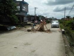 Deuker Jalan Rusak Parah dan Rawan Kecelakaan, Ombudsman: Pemerintah Terkesan Abai