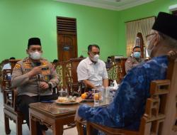 Baru Menjabat, Kapolres Kediri Kota Sowan Ponpes Wali Barokah dan LDII