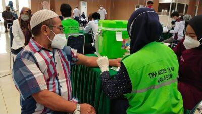 Berbagi Manfaat ke Masyarakat, UMI Gelar Vaksinasi Massal ke-3